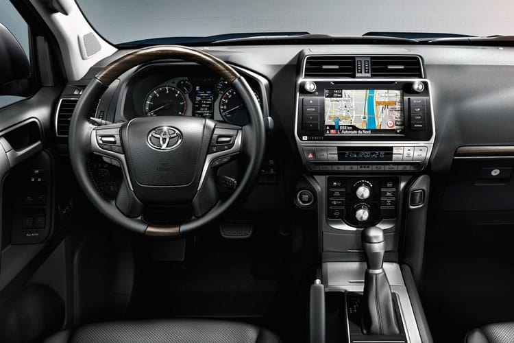 Toyota LandCruiser SUV 4wd 2.8 D 204PS Invincible 5Dr Auto [Start Stop] [7Seat] inside view