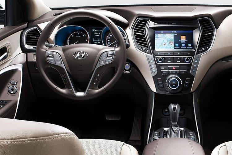 Hyundai Santa Fe SUV 4WD 1.6 h T-GDi 230PS Ultimate 5Dr Auto [Start Stop] [7 Seat] inside view